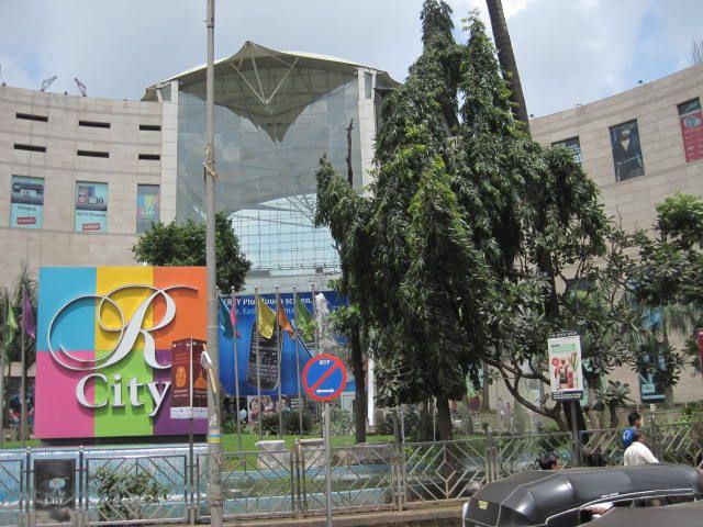 R City Mall in Ghatkopar is one of the key places to visit in Mumbai.