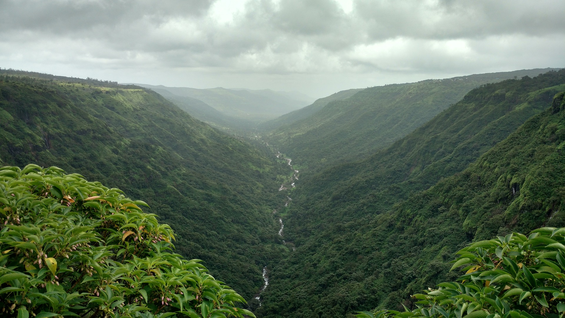 Panchgani is one of the most popular weekend getaways from Mumbai.