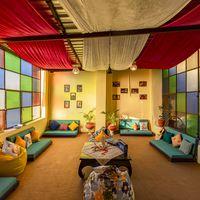 Indoor breakout room of Jaisalmer hostel