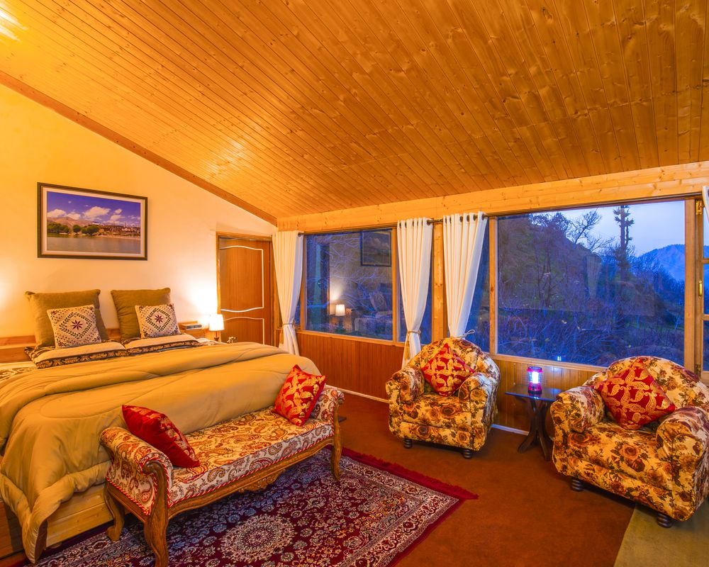 Cosy, premium interiors of our rooms in Kotgarh Homestay
