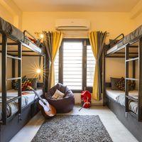 6 bed female dorm in Zostel South Delhi
