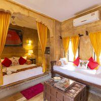Luxury private room in Jaisalmer Zostel