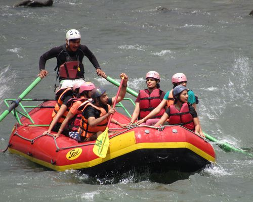 Zostel Escape | River Rafting at Manali
