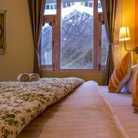 Cosy private room in Zostel Chitkul