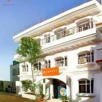 The hostel on a cheery sunny day in Pushkar