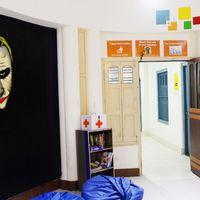 The colourful lobby of Zostel Varanasi